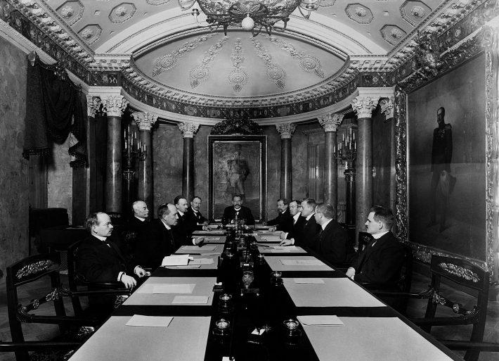 Soome senati istung 4.12.1917. Foto: Eric Sundström, Helsingi linnamuuseum